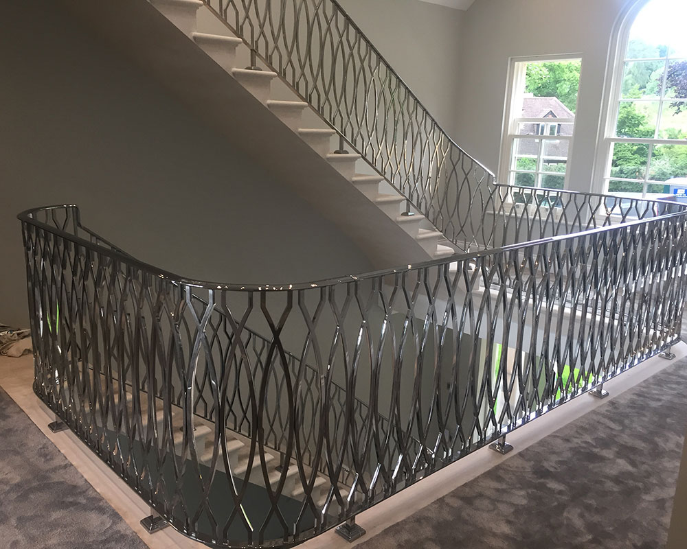 4 Tips on how to Maintain Balustrades to Retain its Elegance & Aesthetic Sense