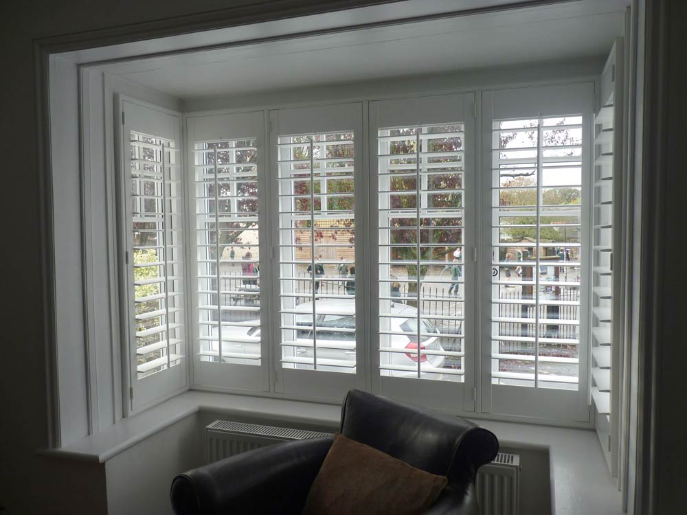 Blinds Leeds is the one that is offering its customers with a valuable and sophisticated shutter Leeds. They are offering it at a very good price.